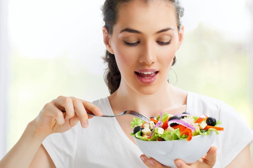 При приеме пищи процент периндоприлата уменьшается