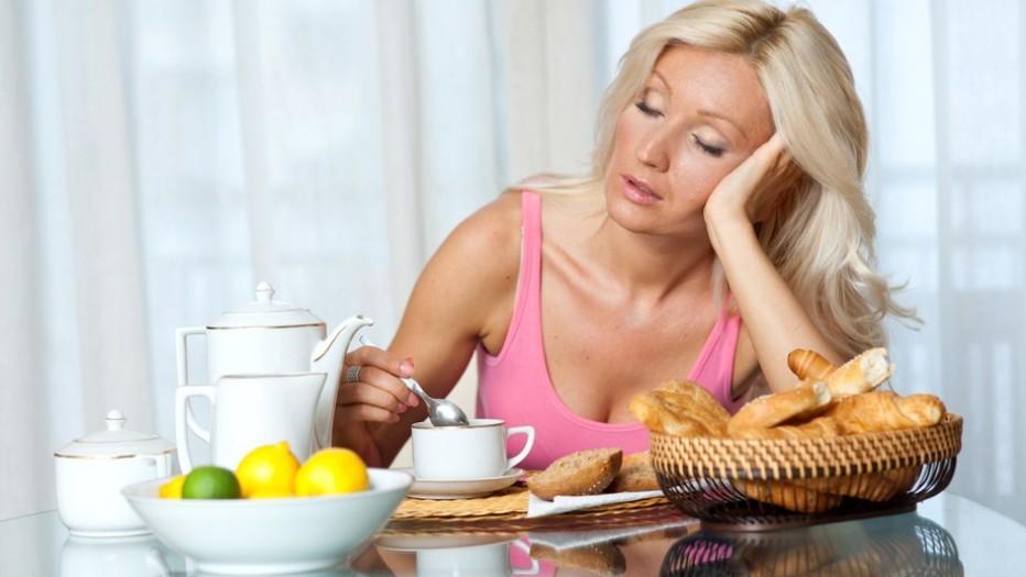 От чего может повышаться артериальное давление после еды?