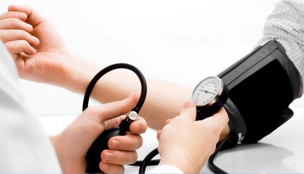 Как определить повышенное давление без тонометра