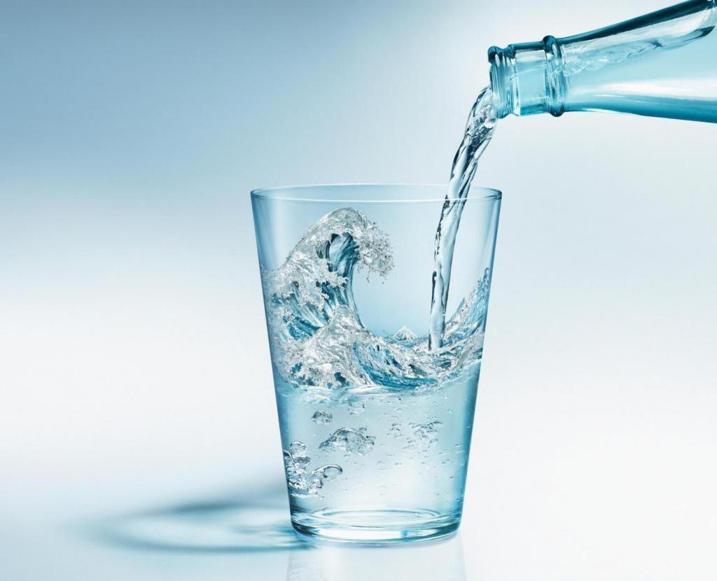 Можно ли при гипертонии выпивать много воды? Режим потребления воды при повышенном давлении