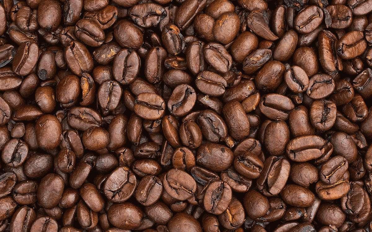 Ароматный вкусный кофе: он повышает или понижает давление?