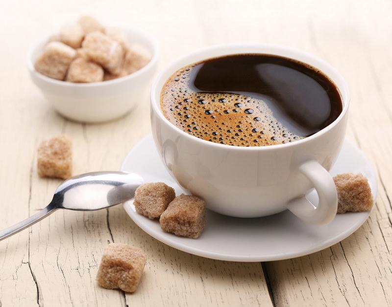 Выпить кофе сладкий
