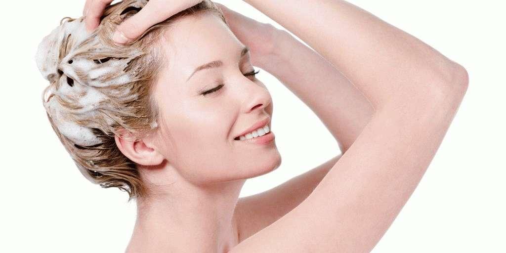 Важно подбирать шампунь учитывая тип кожи головы