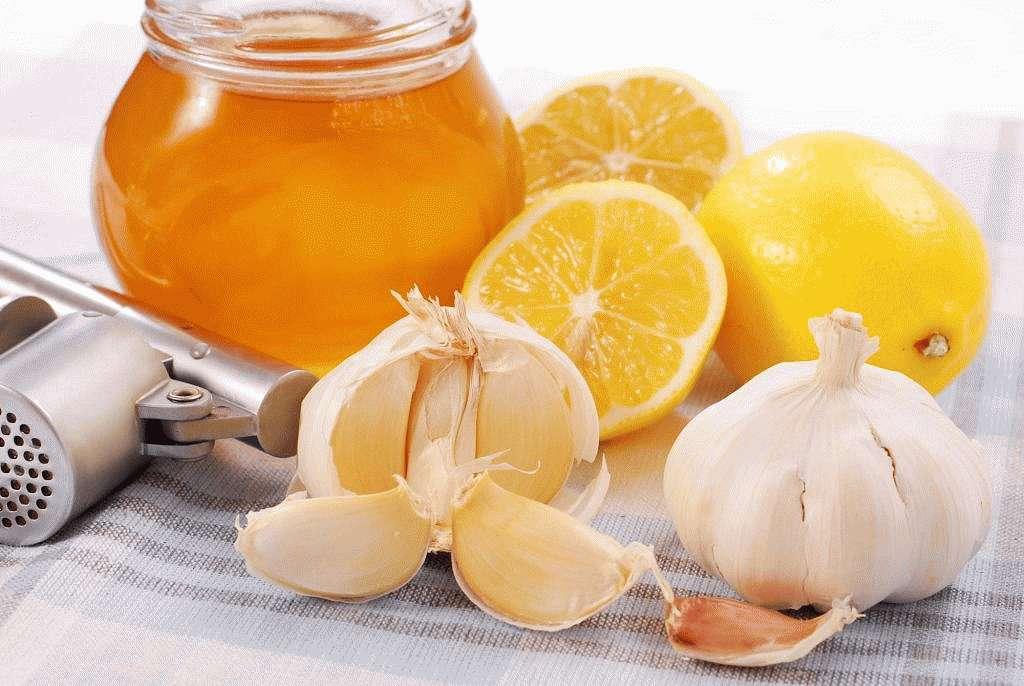 Чеснок, лимоны и мед