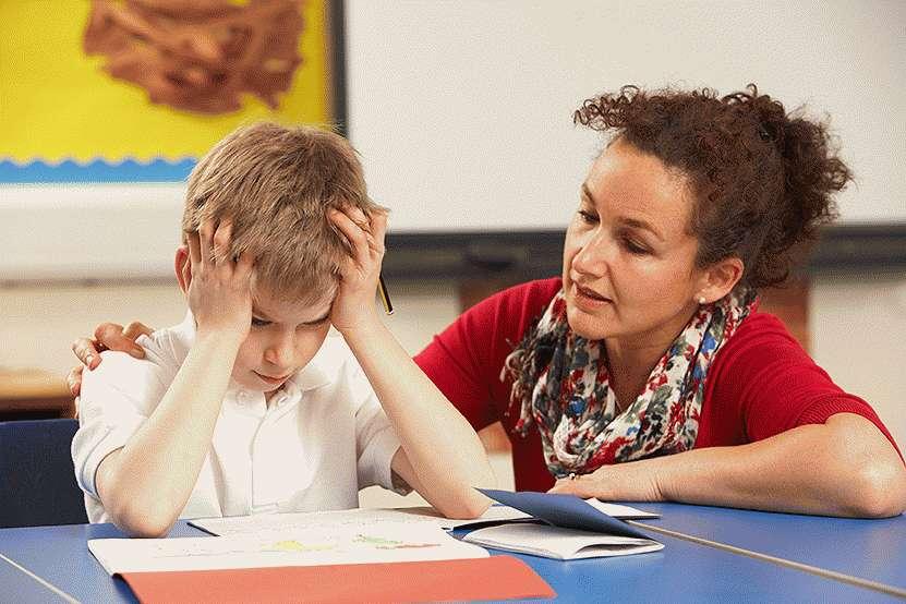 Учитель должен помогать