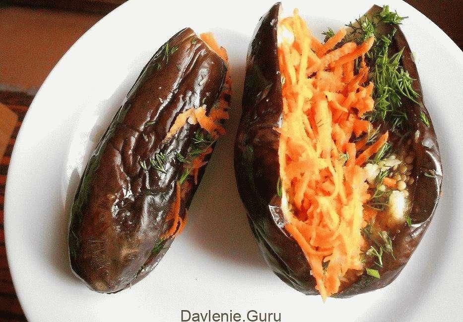Запеченные баклажаны с морковкой