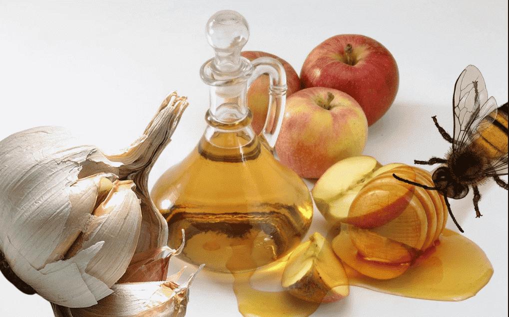 Смесь яблочного уксуса с чесноком и мёдом